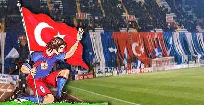 La Liga Ekibi Deportivo de La Coruna'nın Maçlarında Türk Bayrağı