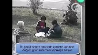 mobese kameralarına yakalanan iki çocuğun doğum günü kutlama çabası